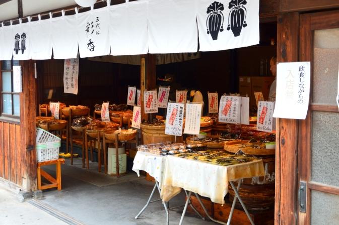 Comercio de aperitivos tradicionales